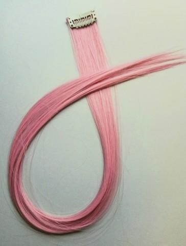 Barevný clip-in pramen - světle růžový