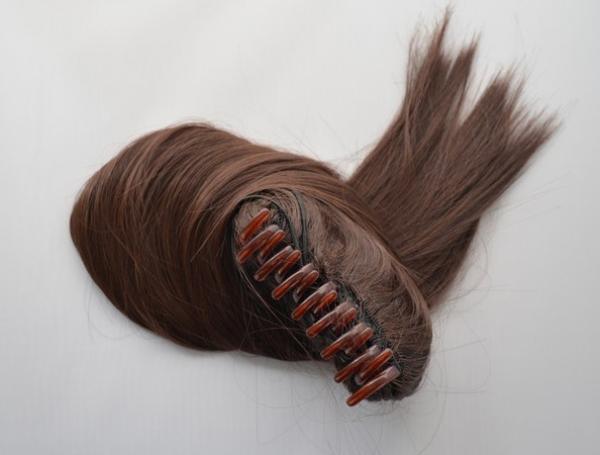 Culík z umělých vlasů se skřipcem - hnědý